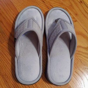 Isotoner Mesh Mia Gray Thong Slippers